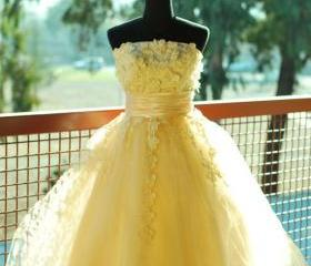 Lace Homecoming Dres..