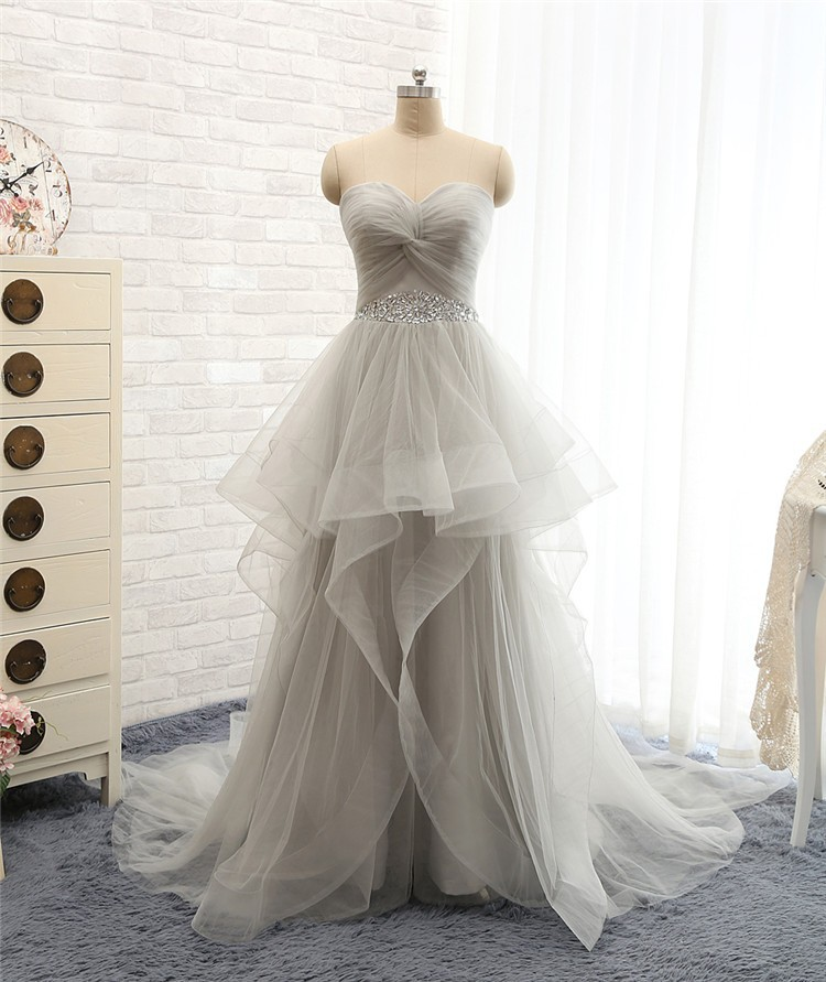 Lovely Wedding DressesLong GownTulle GownsRuffled Bridal DressPrincess DressLight Grey Brides DressGray Prom Gowns