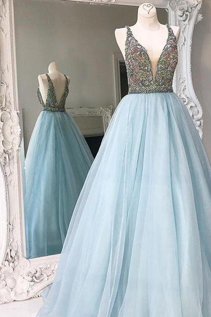 Crystals A-line Tulle V-neck Formal Dress Stunning Sleeveless Prom Dress