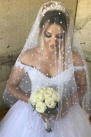 Elegant Lace Appliques V-neck Tulle Pearl Beaded Princess Wedding Dresses P0362