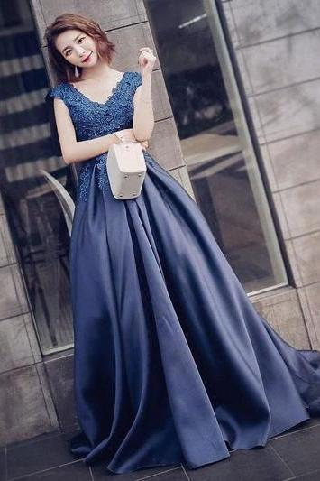 Charming Prom Dress, Sexy Appliques Prom Dresses, Long Evening Dress, Formal Dress P1316