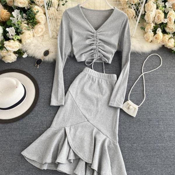 Stylish two-piece women's clothing