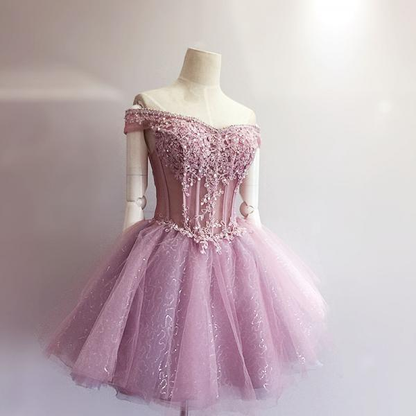 Pink Homecoming Dress,Lace Homecoming Dress,Cute Homecoming Dress,Fashion Homecoming Dress,Short Prom Dress,Charming Homecoming Gowns,New Style Sweet 16 Dress,Short Evening Gowns